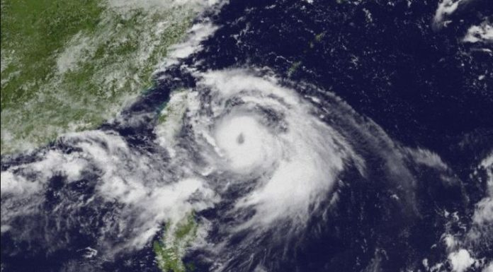 Powerful Typhoon Lingling reached near Korean peninsula
