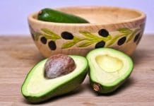 Why You Should Eat An Entire Avocado