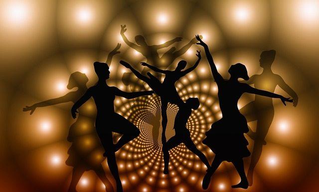 Dance Rumba in 4 Easy Steps